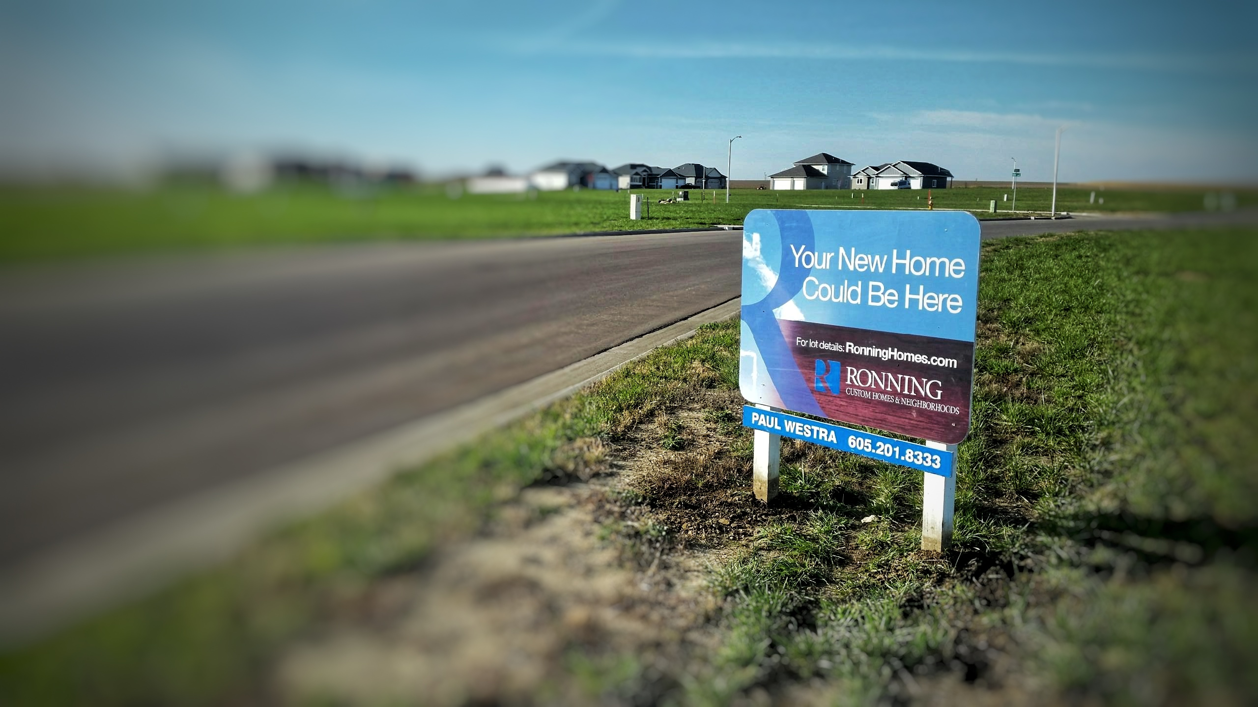 Lots for sale in Ronning Homes neighborhood for new custom homes